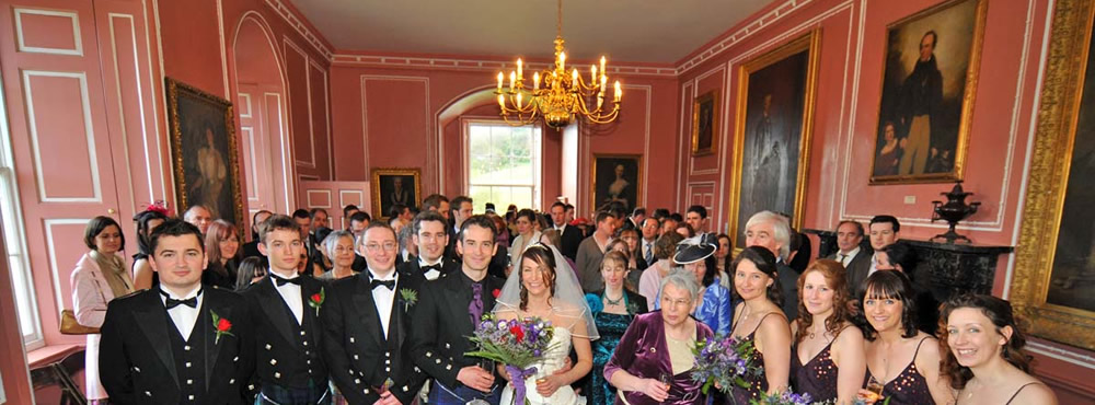 Wedding party at a Castle Menzies wedding