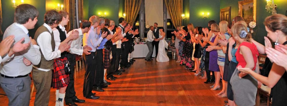 A Castle Menzies wedding - A ceilidh in the Dewar Room